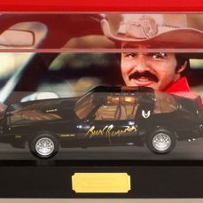 Burt Reynolds (RIP) RARE originally hand signed 1:18 Scale Smokey & The Bandit Trans Am Car IN DISPLAY CASE + Certificate of Authenticity