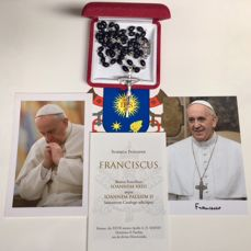 Gorgeous And Unique Rosary Of S S Papa Francesco Catawiki