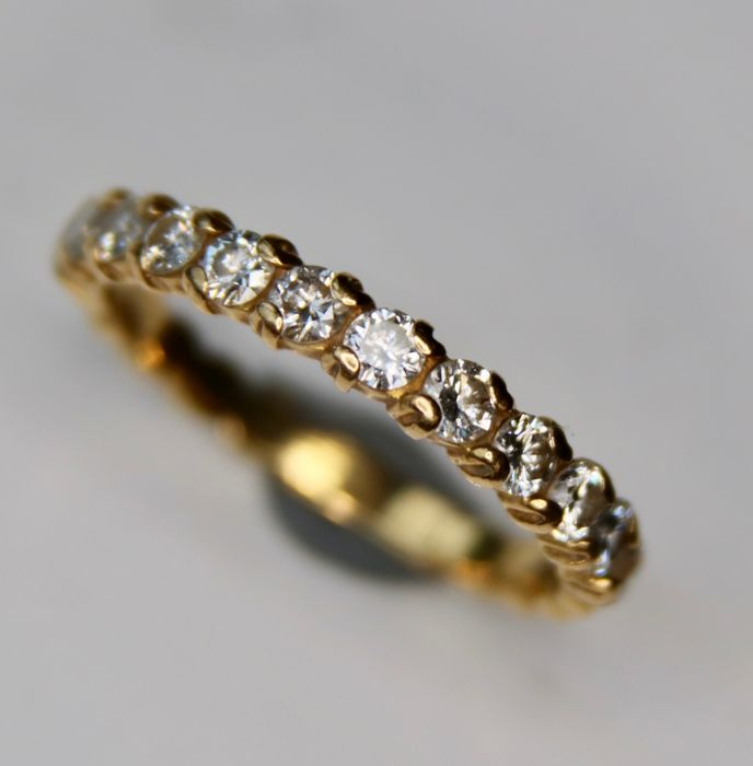 Vintage 18Kt Gold half-memory ring with 0,80ct Top Wesselton Diamonds [F-G/VVS]