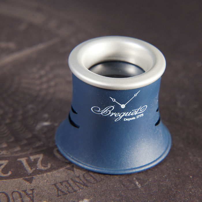 Breguet 2018 with Box- Concessionaire item Monocle Loupe Glass  - Promotional material - Complete collection of 1