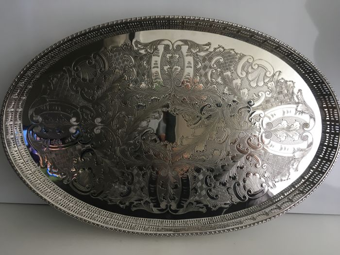 Vintage silver plated galleried oval shape tray - 1 - Silver plated - U.K. - 1950-1999