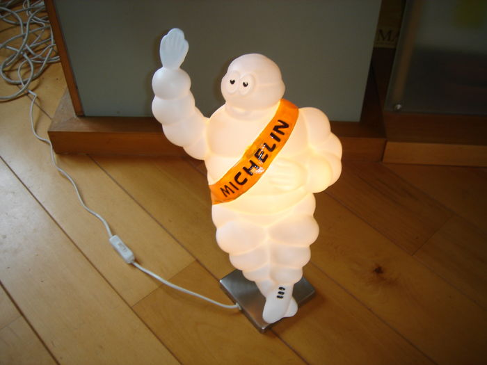 Emblem/Mascot - Michelin Bibendum lamp totale hoogte 49 cm - 1965-2005 (1 items)