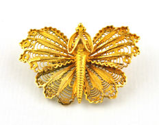 Antique Filigree Butterfly Brooch finely made of 18k Yellow Gold