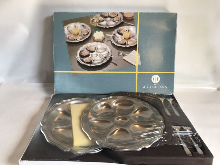 'GUY DEGRENNE' 4 people oysters set in its original blister pack