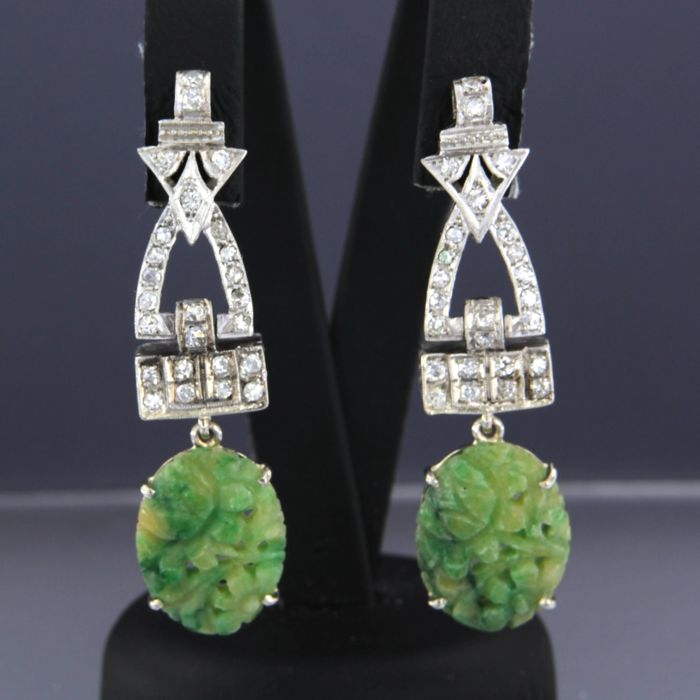 Platinum and gold pin dangle earrings set with diamond and jade - size 4.3 cm long x 1.2 cm wide