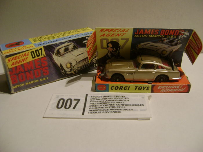 James Bond Aston Martin DB5 Special Agent 007 1-43 New Working Features in Gold