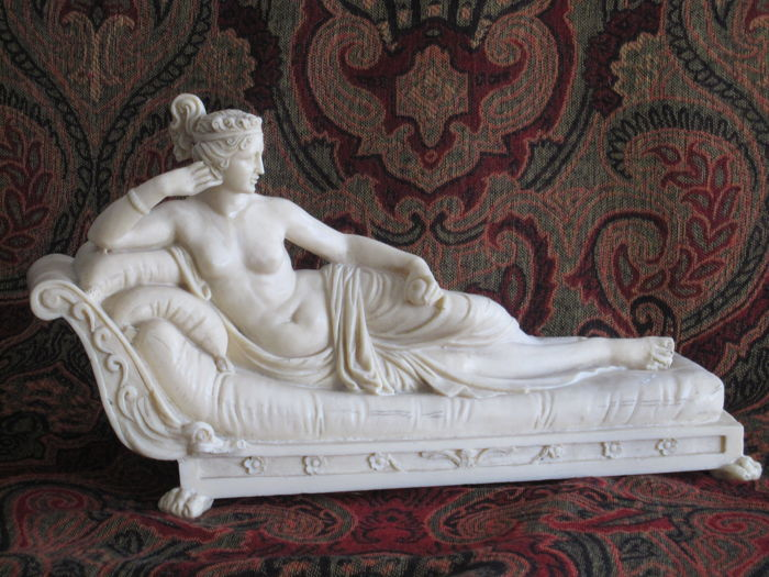"Amilcare Santini figurine ""Venus Victus"" in alabaster powder after Antonio Canova, Italy - 20th century"