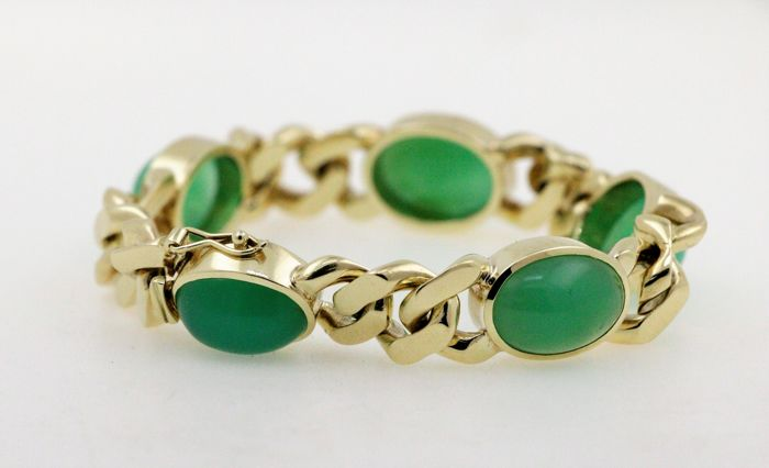 14 kt yellow gold solid luxury curb chain with a total of 37.5 ct of chrysoprase - length: 19.5 cm
