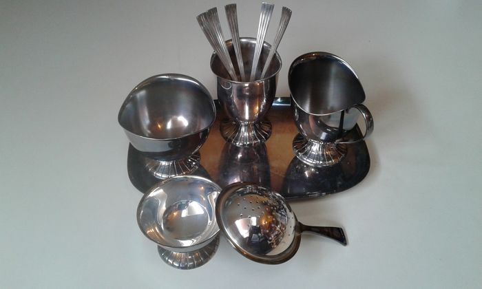 Several objects - Part of 7 - Silver plated - Douwe Egberts / H. Hooijkaas - The Netherlands - 1950-1999
