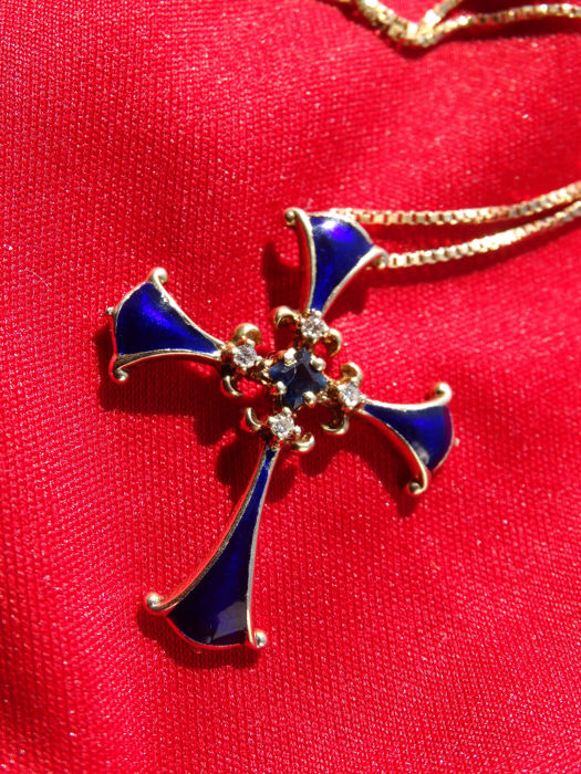 Franklin Mint - Igor Carl Fabergé Collection - Midnight Cross with diamonds and sapphire+ Gold Chain - Size:  3 cm x 2,5 cm