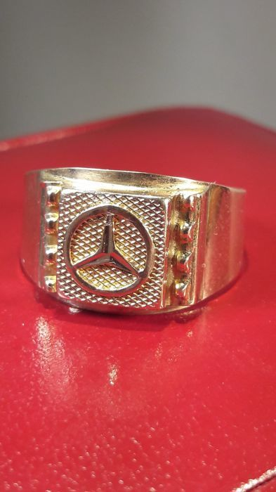 80s 585 rose gold ring with a mercedes star whose cut. Black Bedroom Furniture Sets. Home Design Ideas