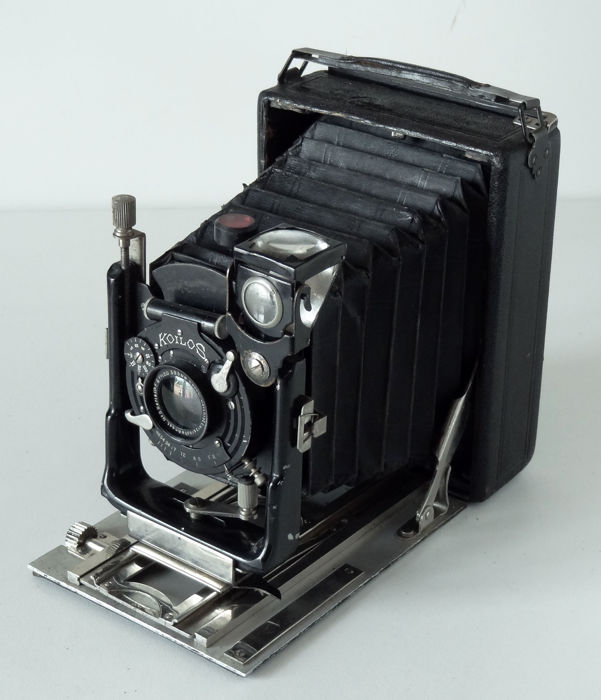 Wooden sheathed view camera 9x12 Lens Lacour Berthiot
