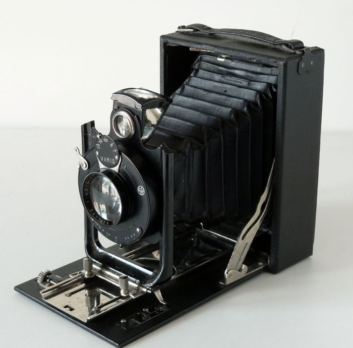 Wooden sheathed view camera 9x12 Lens Gorlitz