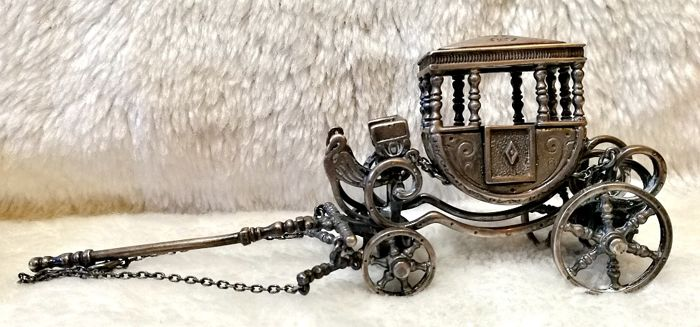 Wonderful Carriage Made of Italian Silver - .925 silver - Italy - mid 20th century
