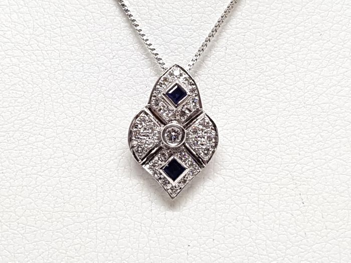 18 kt. White gold - Necklace with pendant - 1.30 ct Diamond - Sapphire
