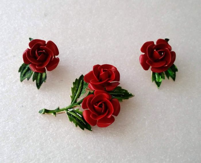 CROWN TRIFARI Alfred Philippe Rose Flower Brooch & Earrings Set