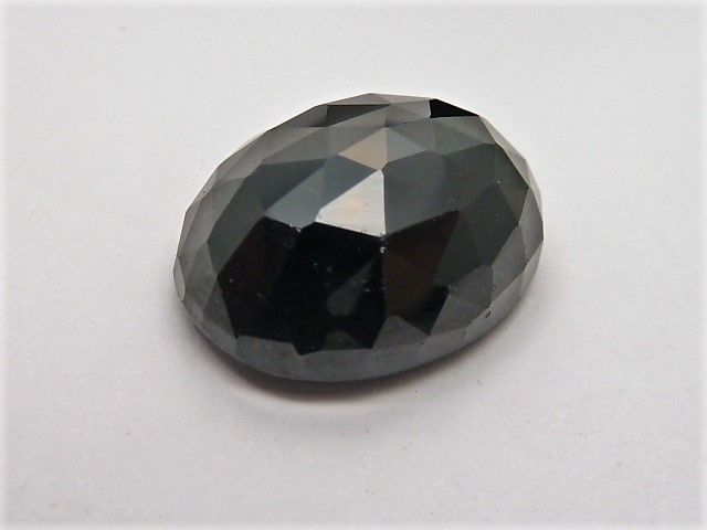 Black spinel 32.88 ct ** No Reserve Price**