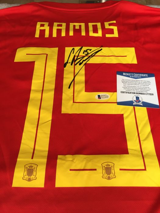 Amazing and Rare jersey hand-signed by the Best Sergio Ramos with COA/Beckett!!!
