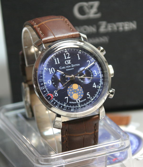 Carl van Zeyten - - Urach Chronograph Made in Germany  - CvZ 0015 BL - Heren - 2011-heden