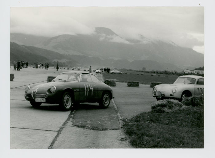 Originele periode foto - 4 x Original 1961  Alfa Romeo SZ + Racing+ March - 1961 (4 items)
