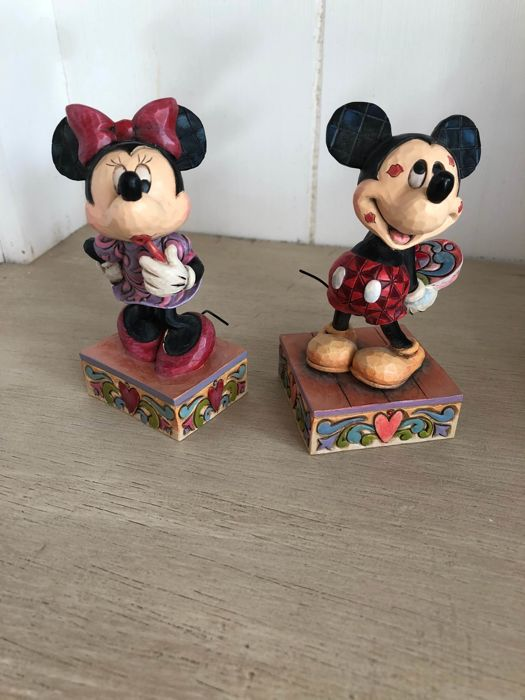 Disney Showcase Collection Traditions - 2 Figurines Jim Shore - Minnie Mouse Sweetheart Diva 4031476 + Mickey Mouse 4031477Mouse