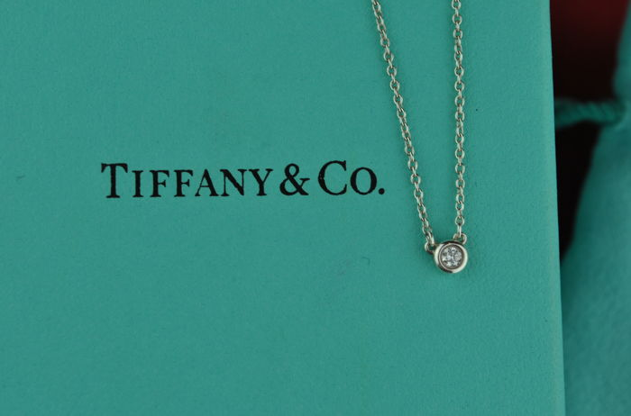 "Tiffany & Co ""Peretti"" Diamond Necklace/Pendant set on Silver 925 - Chain 43.5cm - Diamond +/-0.05ct FG/VVS-VS"