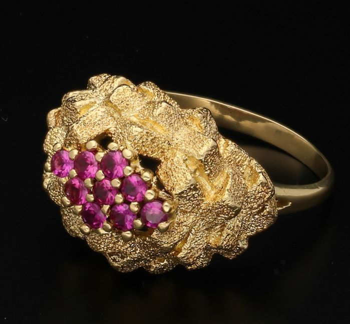 18 kt - Yellow gold ring with Rubies - Ring size: 20 mm.