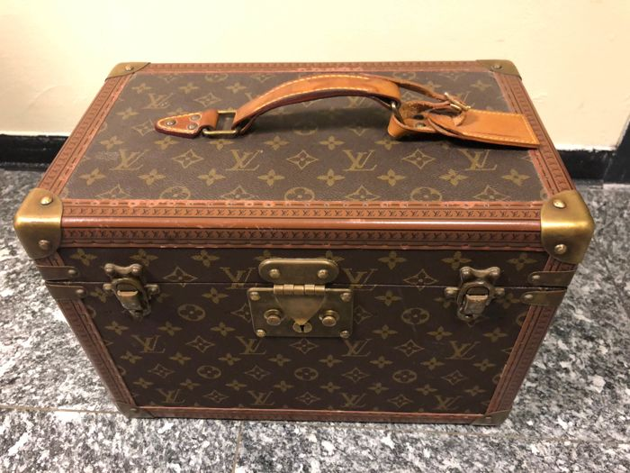 save off 223c9 ffca3 Louis Vuitton - Authentic and rare Beauty case model
