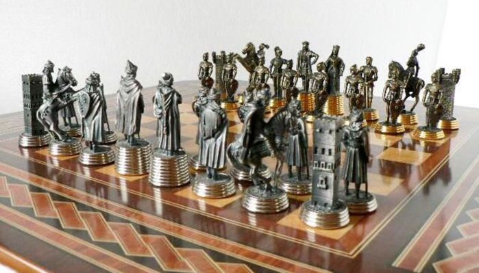 Chess Spain. End of the 20th century - Edition - Limited fine tin, gold and silver.