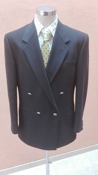 0a2e708314f Versace Classic V2 - Suit - Catawiki