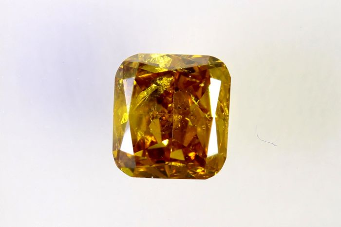 IGI Antwerp Sealed Diamond - 0.47 ct - Fancy Deep Orangey Yellow - I1