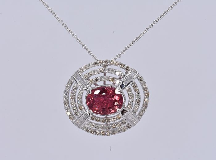 4.75 Ct Pink Tourmaline with Diamonds, designer necklace in 14kt gold - No Reserve price