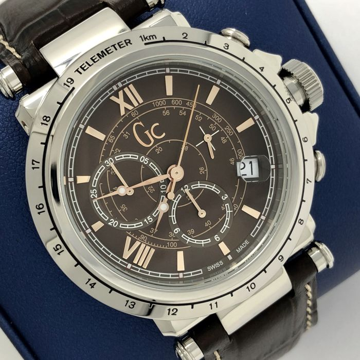 "Guess Collection  - Chronograph GC-B1 Class Brown Leather Swiss Made  - X44006G4 ""NO RESERVE PRICE"" - Men - 2011-present"