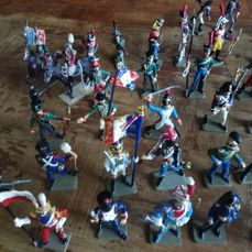 Starlux tin soldiers