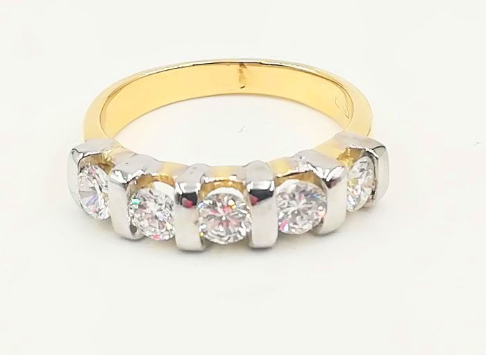 18 karaat Goud, Witgoud - Veretta-ring in geel en wit goud - 0.90 ct Diamant