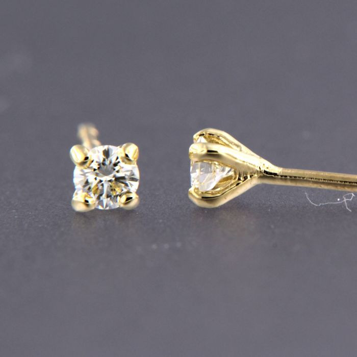 Earrings - Gold - 0.1 ct - Diamond