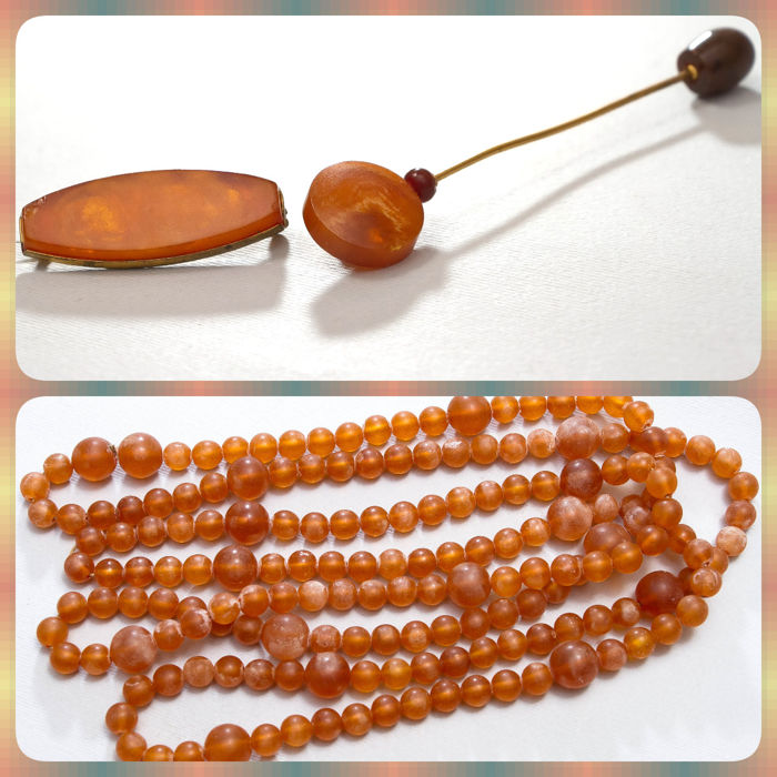 Lot of vintage natural Baltic Amber brooch and hairgrip USSR with stamp and georgeous necklace