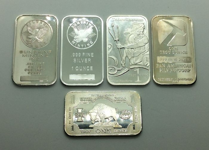 5 x one troy ounce - 999/1000 - Minted silver bars