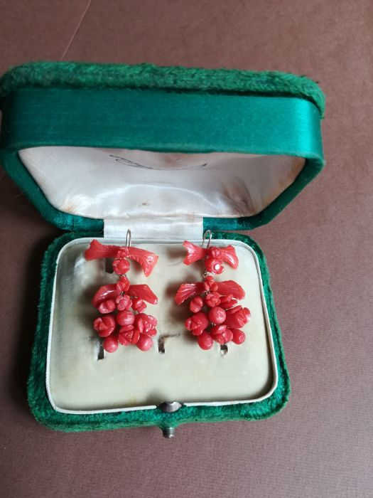 Coral earrings from 20th century
