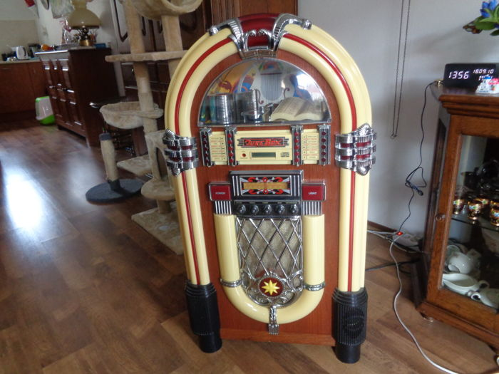 Radio in the form of Jukebox with radio, CD and cassette player - Catawiki