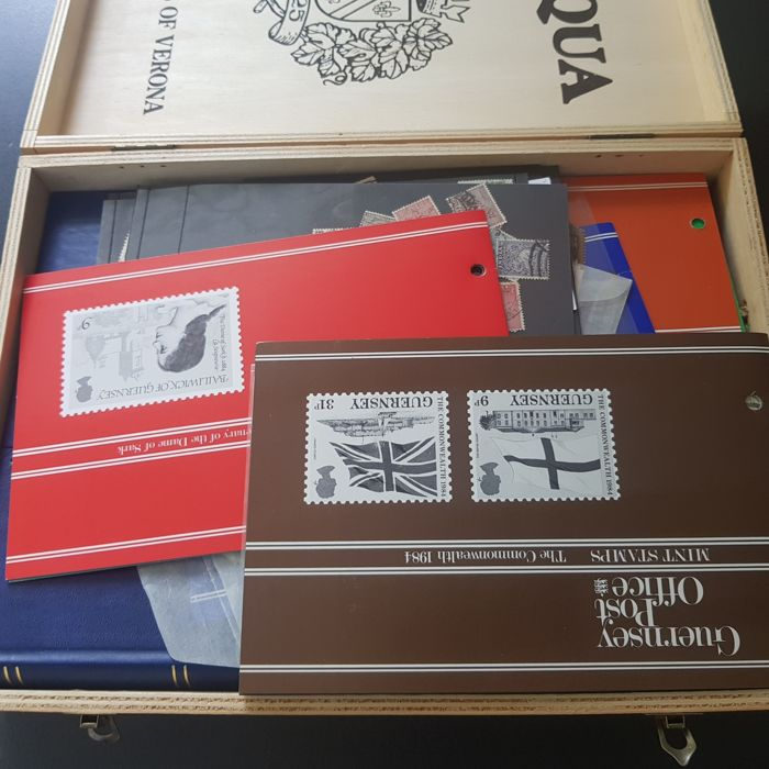 World 1870/1990 - party in stock books and on cards