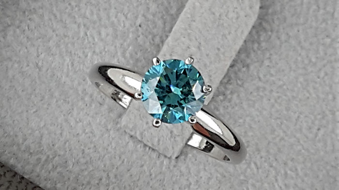 1.03 carat  VS2 Round Blue Enhanced Diamond Solitaire  Ring in Solid White Gold 14K - No reserve