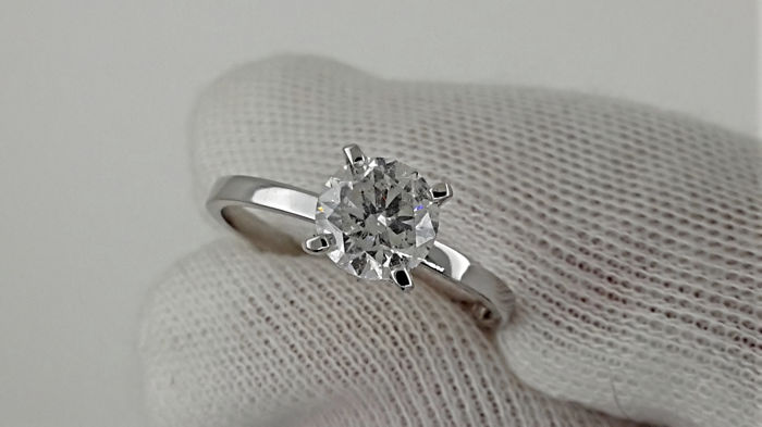 AIG 1.02 carat D/SI1 Round Enhanced Diamond Solitaire Engagement Ring  - No reserve price