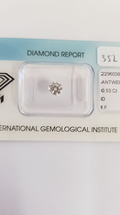 0.53 ct brilliant cut diamond, D I.F