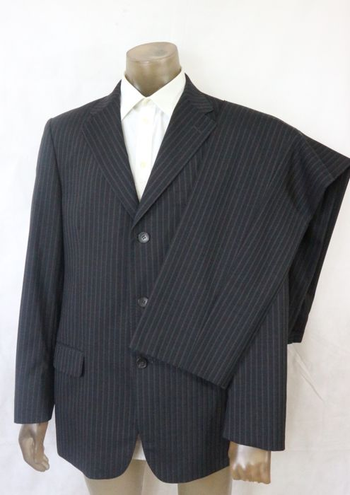 29a3afc3c Gucci - suit - Catawiki