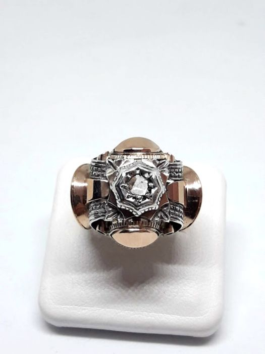 Art deco ring 20s - 12 kt gold with 1 brilliant old rosette cut diamond - size 16.5 mm