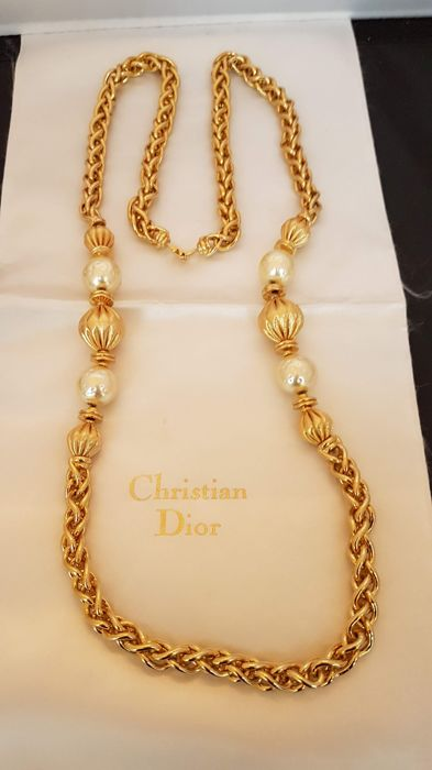 Christian Dior - stylish gold tone faux pearl long necklace   - Vintage