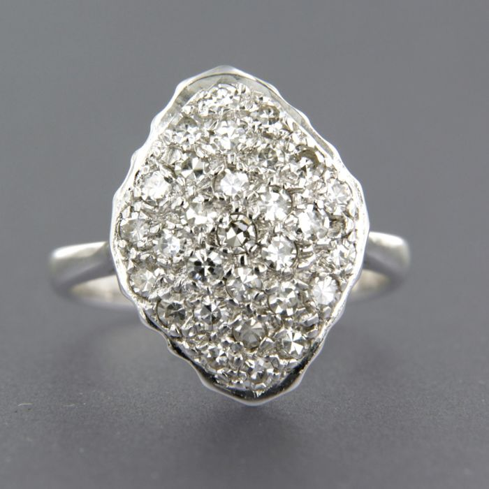 14 kt white gold ring set with 0.50 ct single cut diamonds, ring size 15 (47)