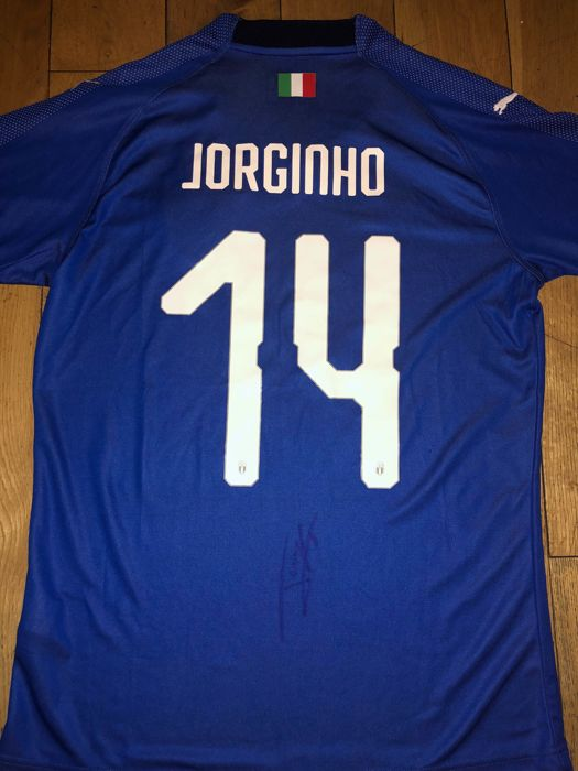 reputable site 04eb4 e967f Jorginho Signed Italy 2018 home shirt with Exact Signing ...
