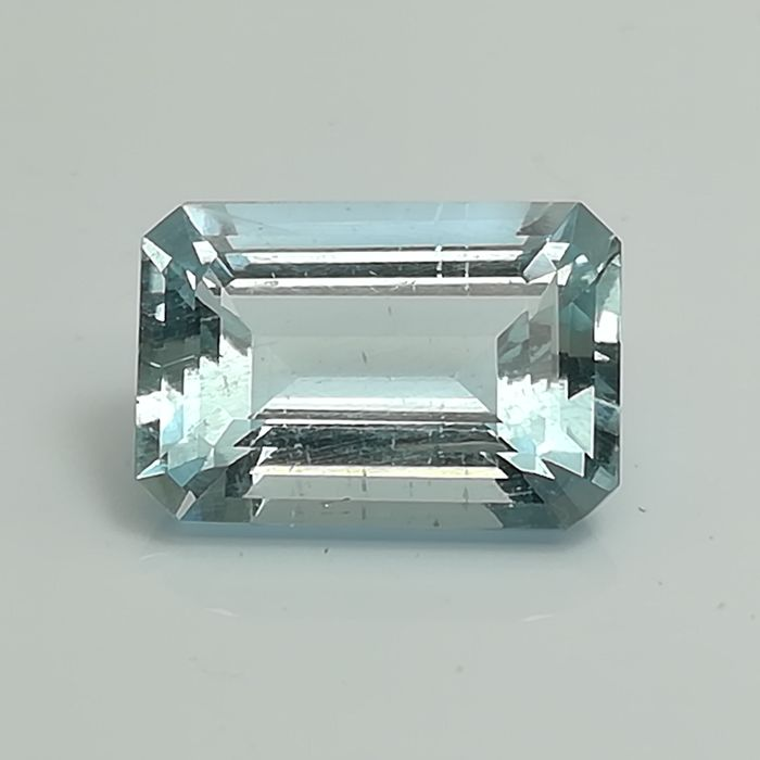 Aquamarine - 4.06 ct